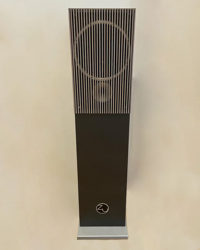 ZuAudio Grey Oak Cover
